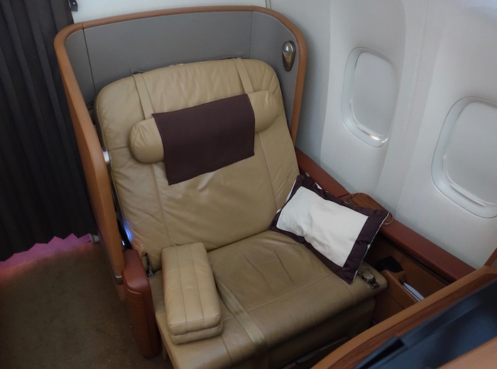 Singapore-First-Class-777 - 67