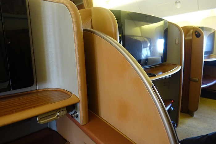 Singapore-First-Class-777 - 7