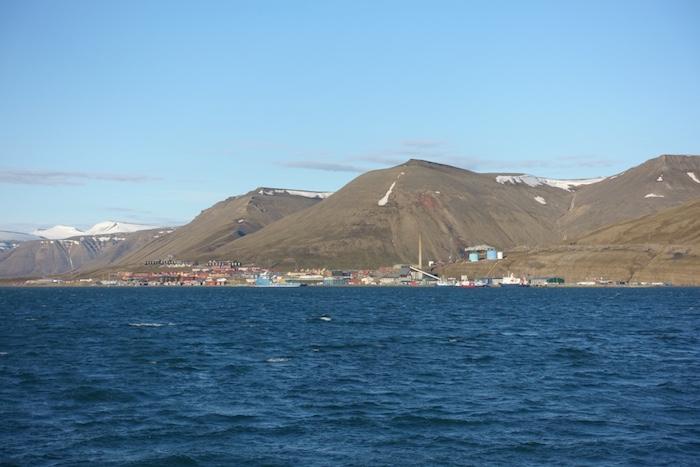 Svalbard-Midnight-Sun