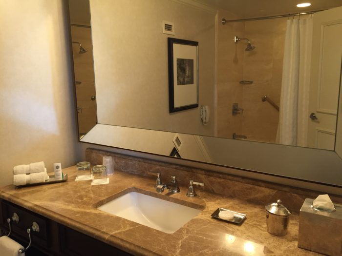 St. Regis Houston Grand Luxe Room bathroom