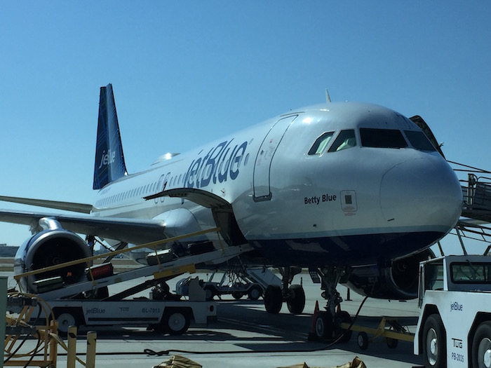 an introduction to the airline company jetblue Jet blue : a strategic management case study 72,234 views share like  introduction • the company is headquartered at the long island new york  jetblue came under strong criticism due to delay of flights in february 2007 jetblue strategy in slow growth •airline created jetblue customer bill of rights •cross training of crew.