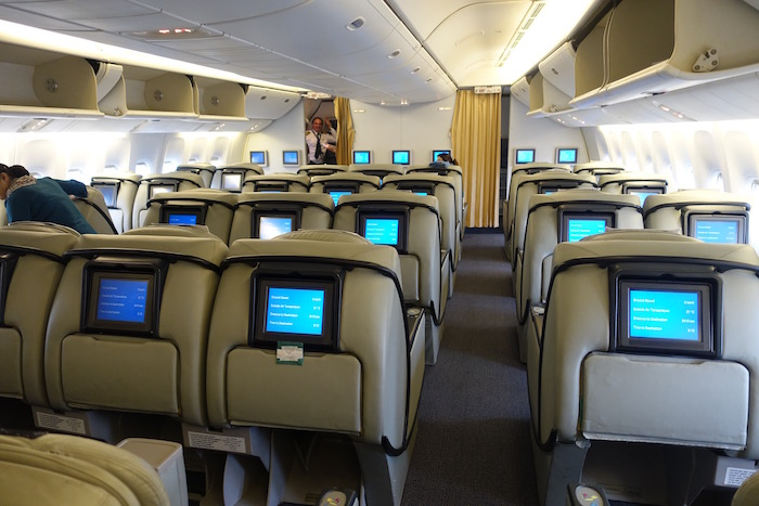 Pakistan-Business-Class-777 - 6