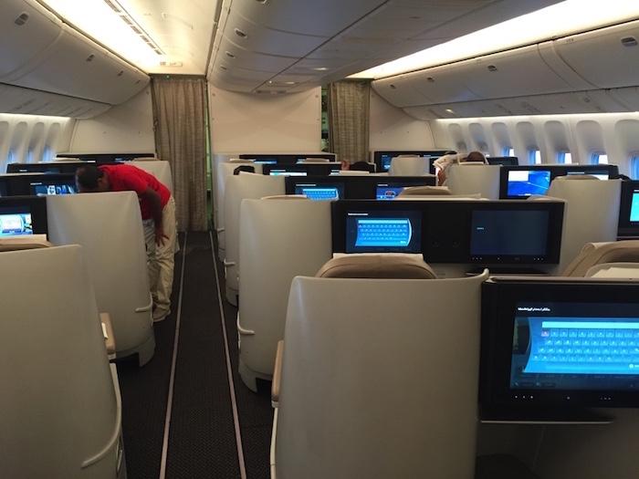 Saudia-777-Business-Class-1
