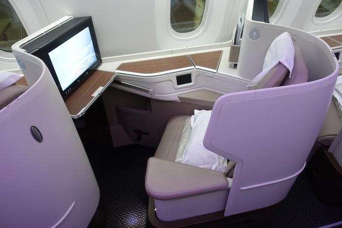 Saudia-787-Business-Class - 3