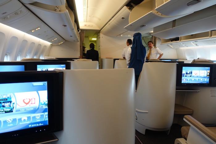 Saudia-Business-Class-777 - 13
