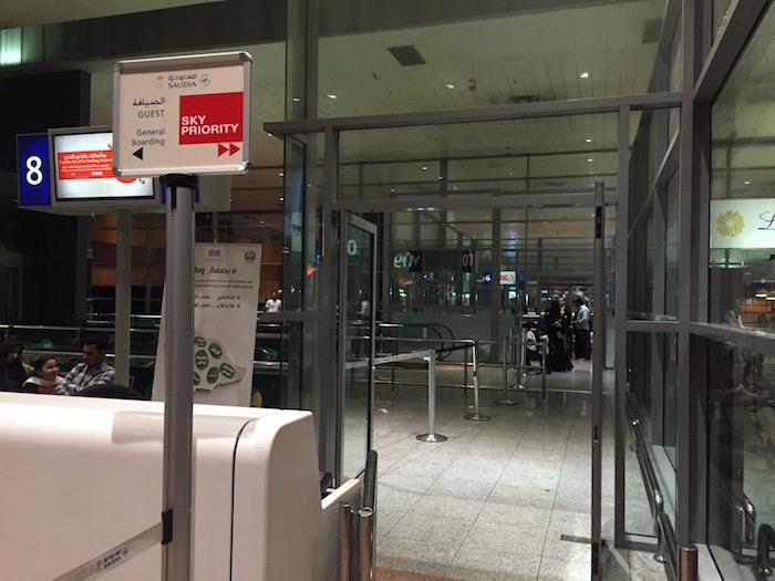 Saudia-Lounge-Jeddah-Airport - 56