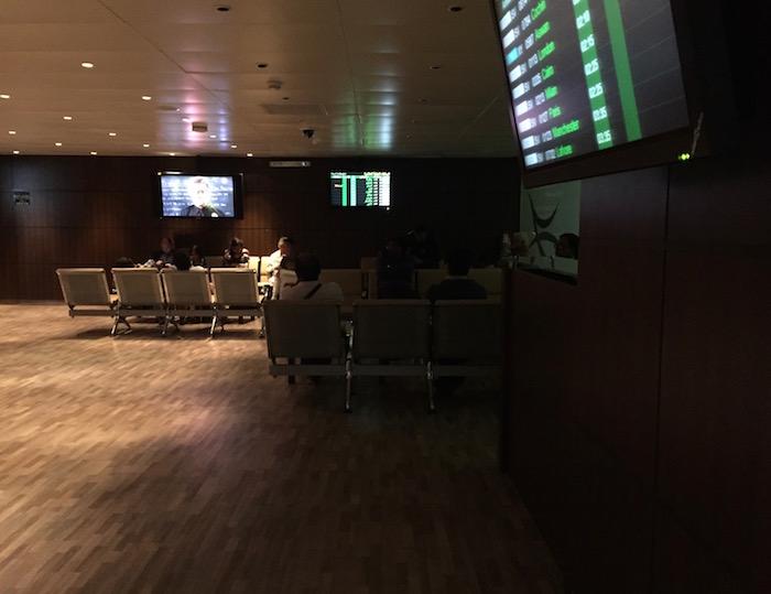 Saudia-Lounge-Jeddah-Airport - 7