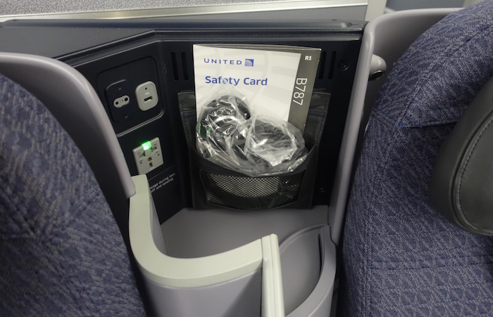 United-787-Business-Class - 5