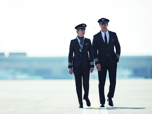American-Airlines-Uniforms-3