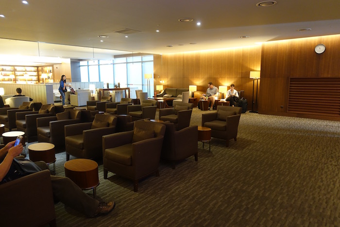 asiana-lounge-incheon-airport-13