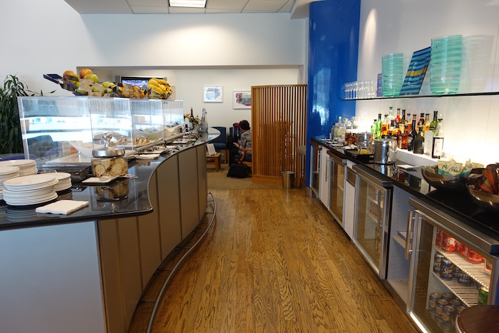 British-Airways-Lounge-San-Francisco - 16