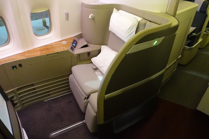 cathay-first-class-777-2