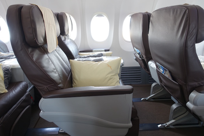 SilkAir 737 Business Class In 10 Pictures - One Mile at a Time