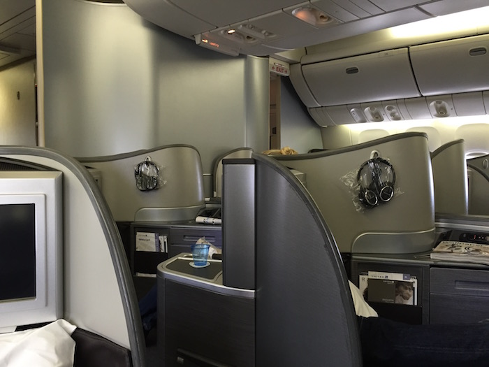 united-first-class-777-13