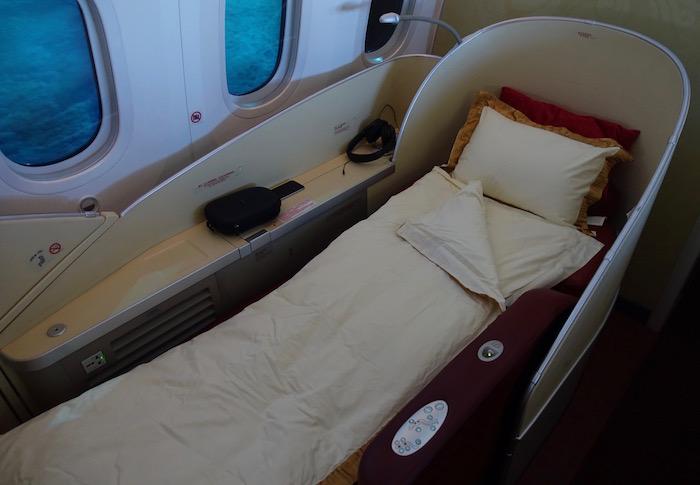 xiamen-air-787-first-class-9