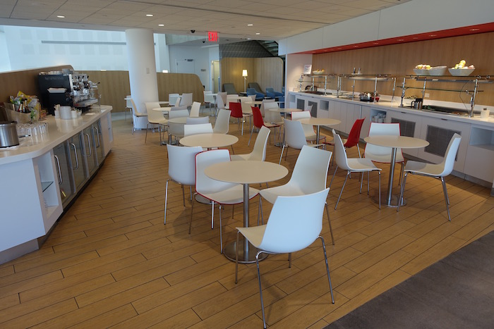 air-france-lounge-new-york-jfk-16