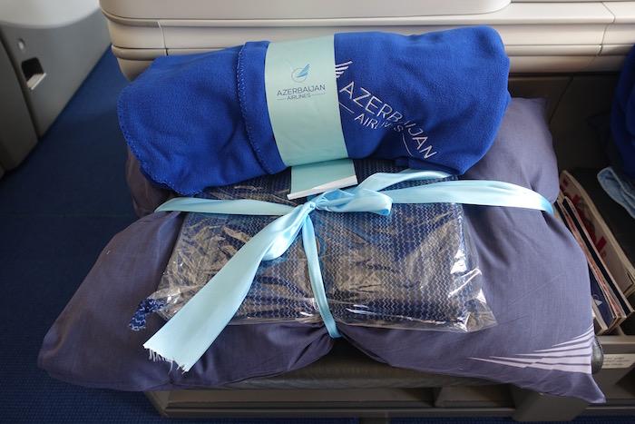 azerbaijan-airlines-787-business-class-3