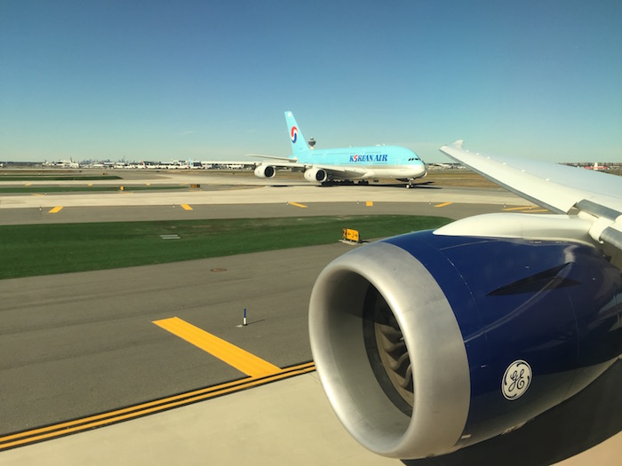 azerbaijan-airlines-business-class-787-28