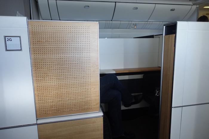 swiss-first-class-777-71