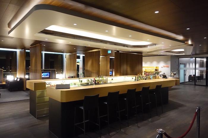 swiss-first-class-lounge-zurich-13
