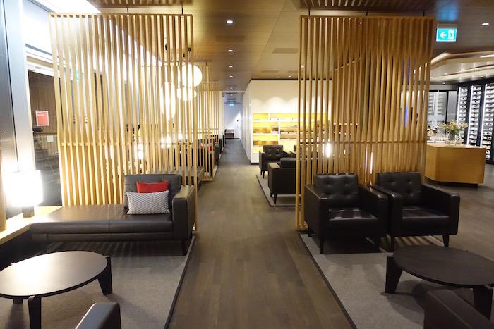 swiss-first-class-lounge-zurich-15