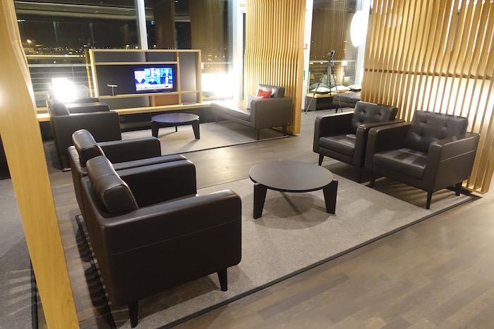 swiss-first-class-lounge-zurich-18