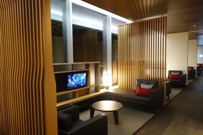 swiss-first-class-lounge-zurich-20