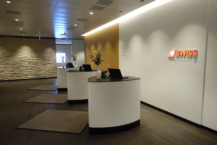 swiss-first-class-lounge-zurich-6
