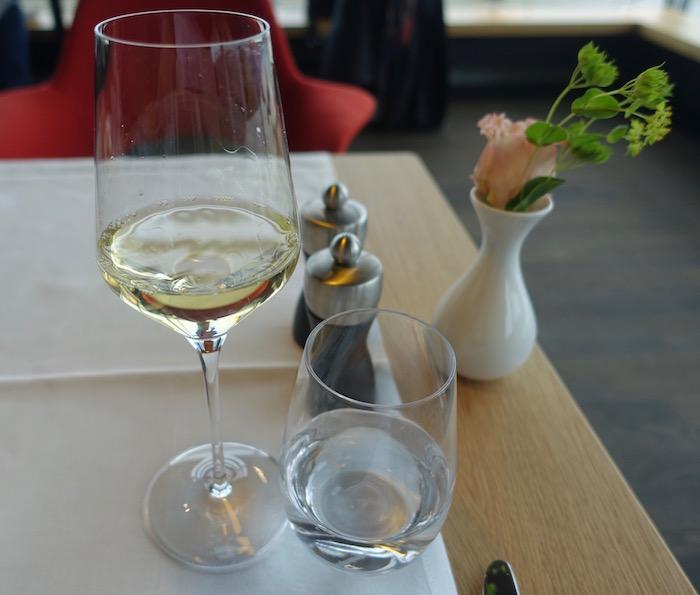 swiss-first-class-lounge-zurich-66