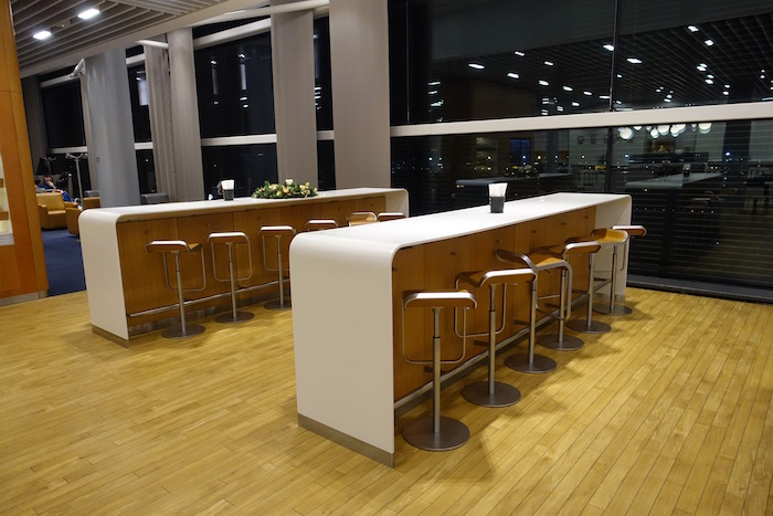 lufthansa-lounge-london-heathrow-13