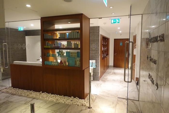 no1-lounge-heathrow-terminal-3-31