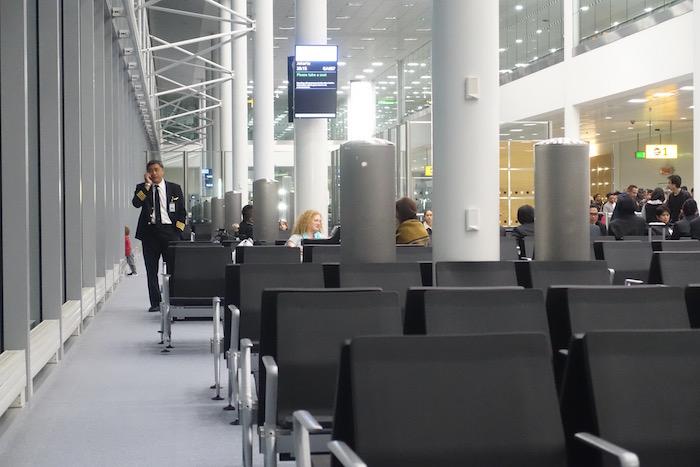 no1-lounge-heathrow-terminal-3-51