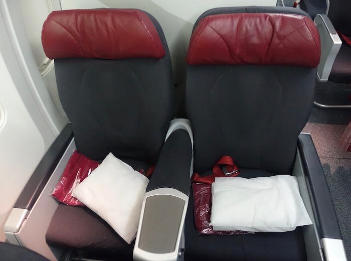 air-canada-premium-rouge-767-5