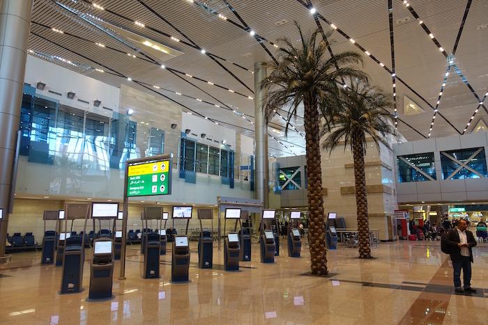 cairo-airport-terminal-2-7