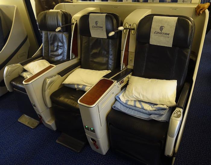 egyptair-business-class-777-12