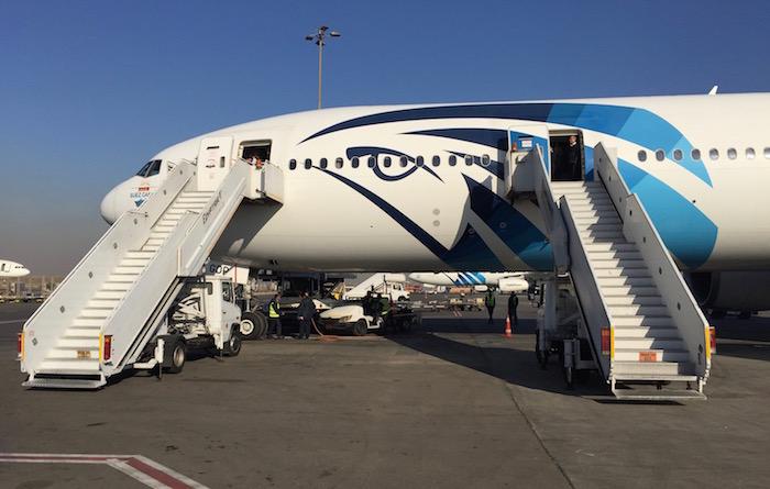 egyptair-business-class-777-76
