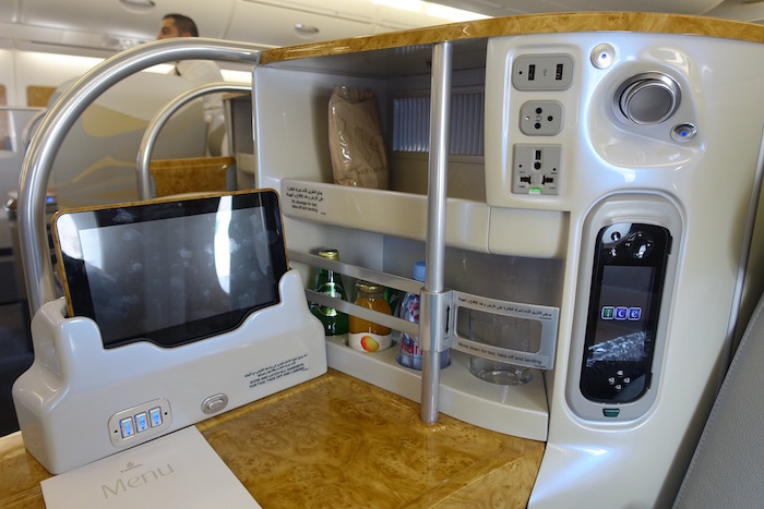 emirates-business-class-a380-8