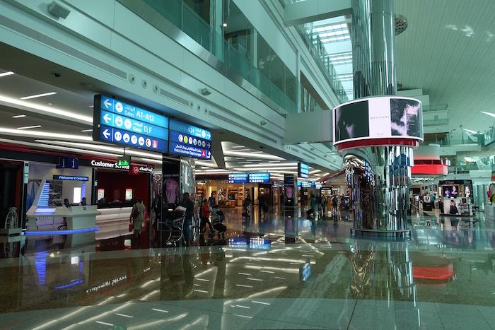 emirates-business-class-lounge-dubai-6