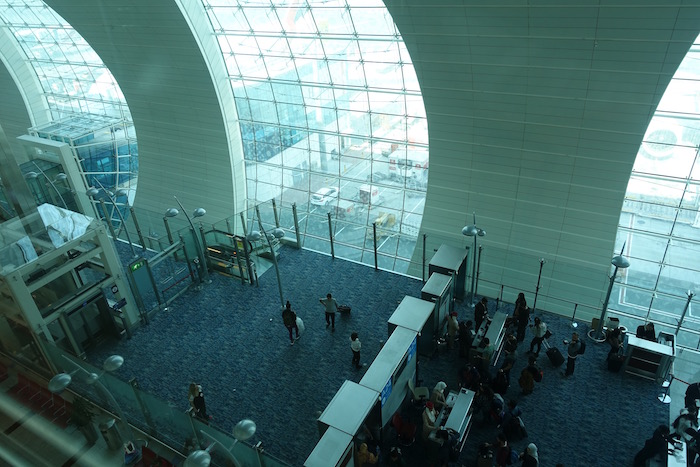 Review: Emirates Business Class Lounge Dubai | One Mile at ...