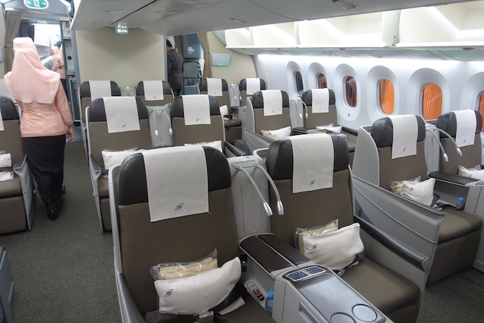 royal-brunei-business-class-787-2