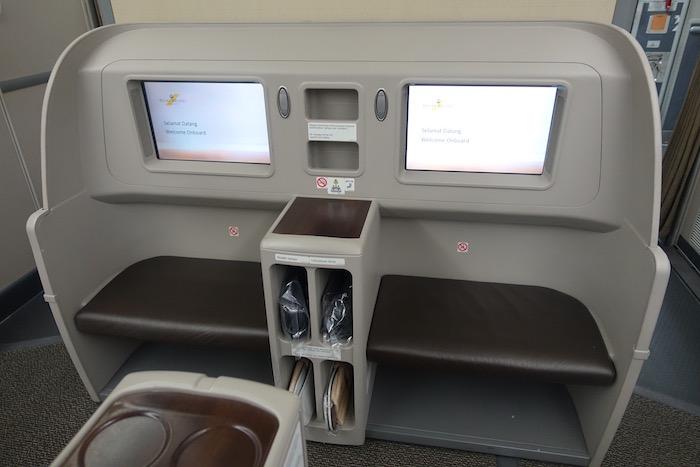 royal-brunei-business-class-787-6