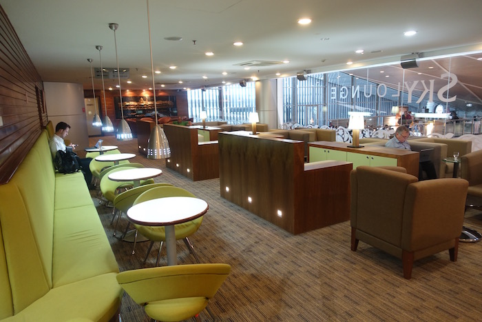 royal-brunei-lounge-18