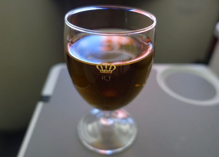 royal-jordanian-business-class-787-22