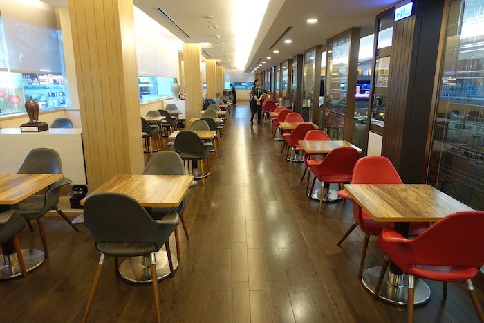 EVA-Air-Lounge-Taipei-Airport - 44
