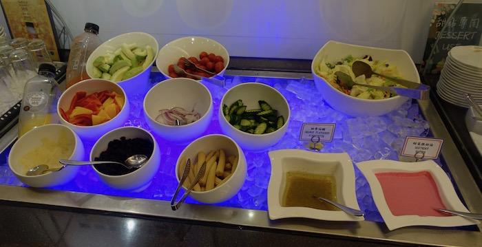 EVA-Air-Lounge-Taipei-Airport - 47