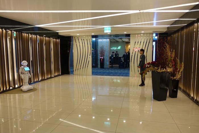 EVA-Air-Lounge-Taipei-Airport - 5