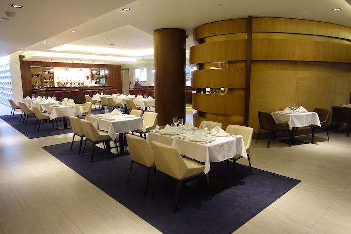 Etihad-First-Class-Lounge-Abu-Dhabi - 5