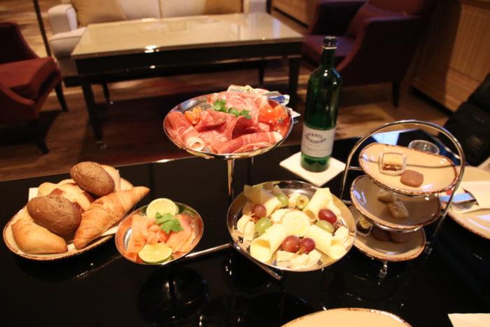 Frankfurt VIP services breakfast