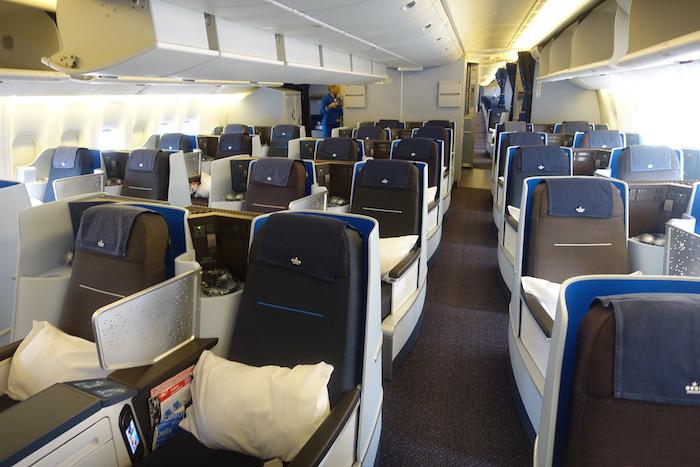 KLM-777-Business-Class - 2