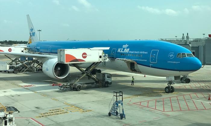 KLM-Business-Class-777 - 2